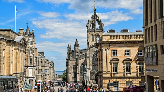 Edinburgh hotel deals